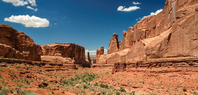 6 Desert Travel Essentials